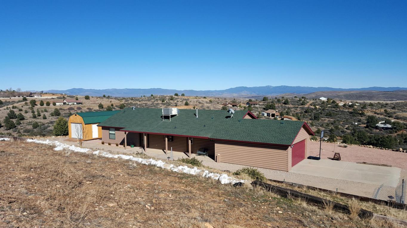 17640 S Oak Drive, Peeples Valley, AZ 86332