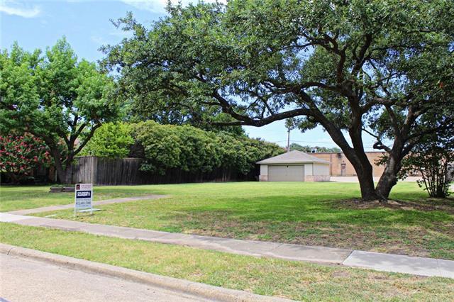 820 Brookhurst Drive, Richardson, TX 75080