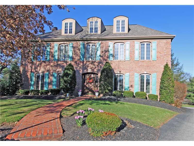 1242 Oak Park Court, Upper St. Clair, PA 15241
