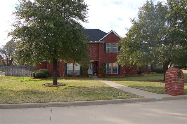 1005  Colonial Court, Kennedale, TX 76060