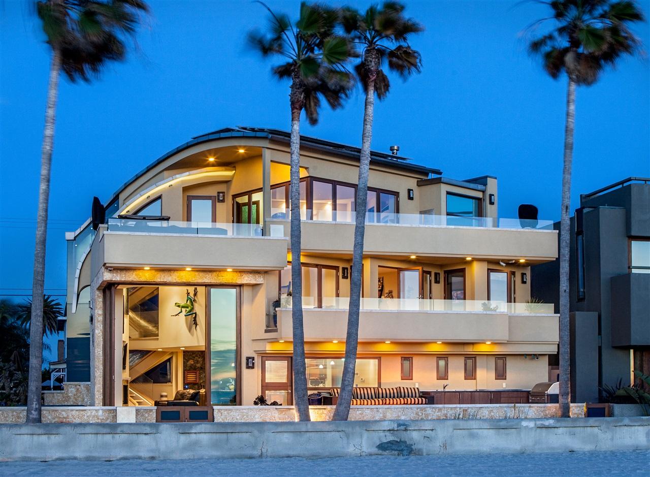 3921  Ocean Front, San Diego, CA 92109