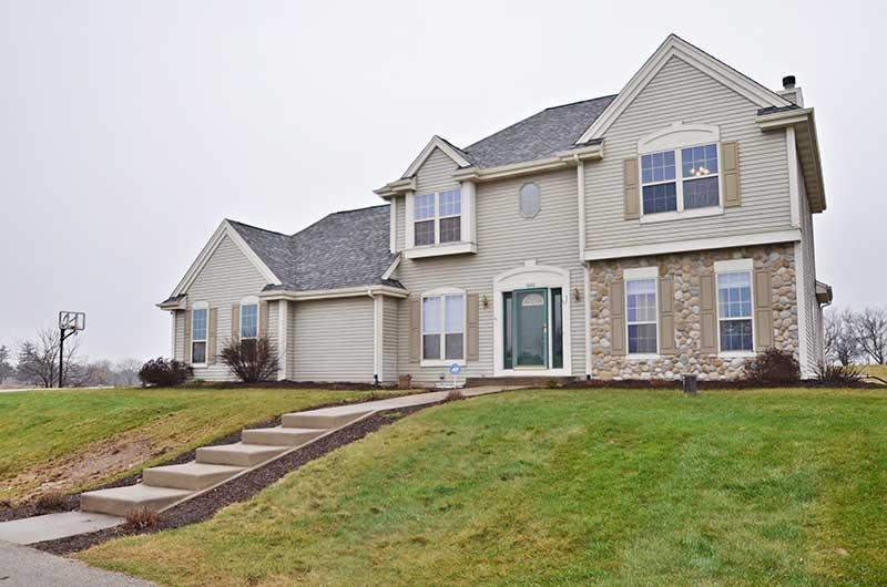 1111  Spring Valley Rd, Jackson, WI 53037