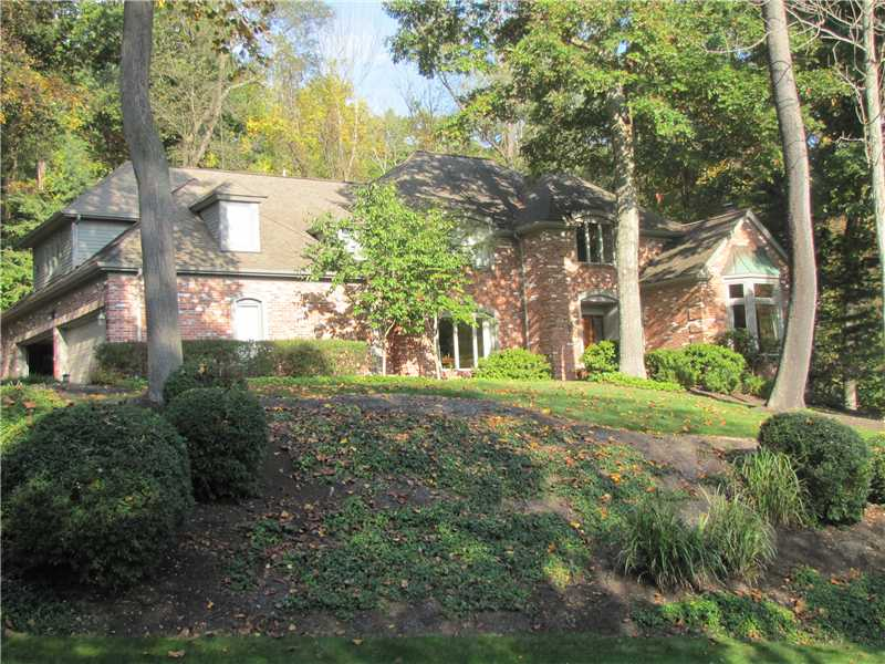 100 Dogwood Lane, Fox Chapel, PA 15238