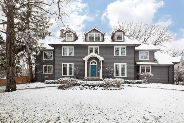 560 Greenwood Avenue, Glencoe, IL 60022