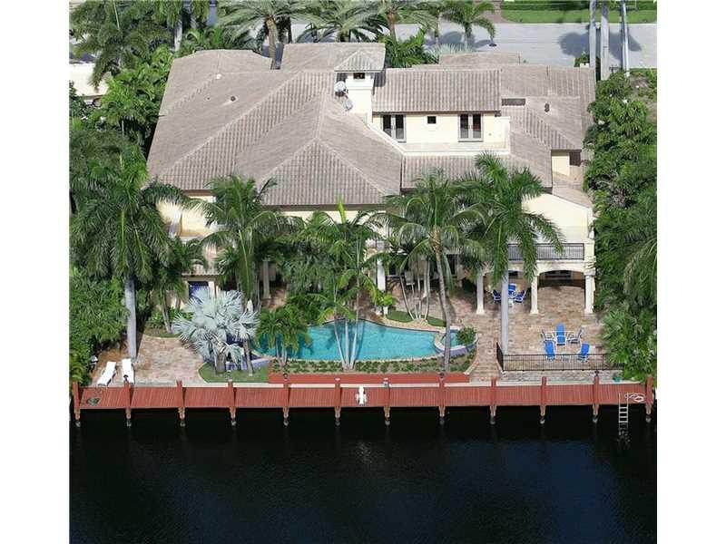 2530  Del Lago Drive, Fort Lauderdale, FL 33316
