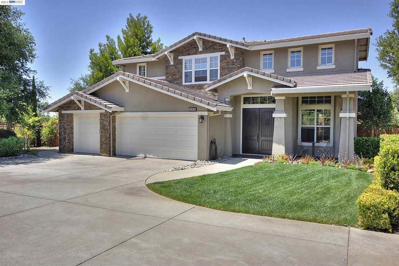 25458 Old Fairview, Hayward, CA 94542