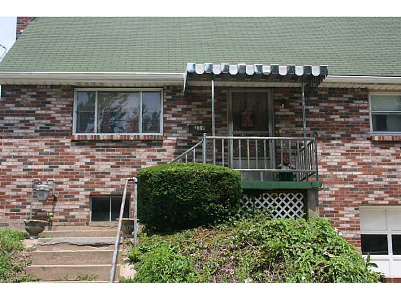339 Maxwell, Springdale Boro, PA 15144