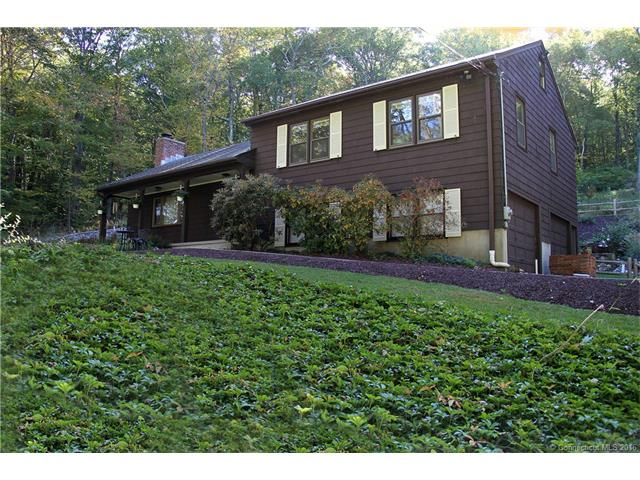 108  Gaylord Mountain Rd, Bethany, CT 06524