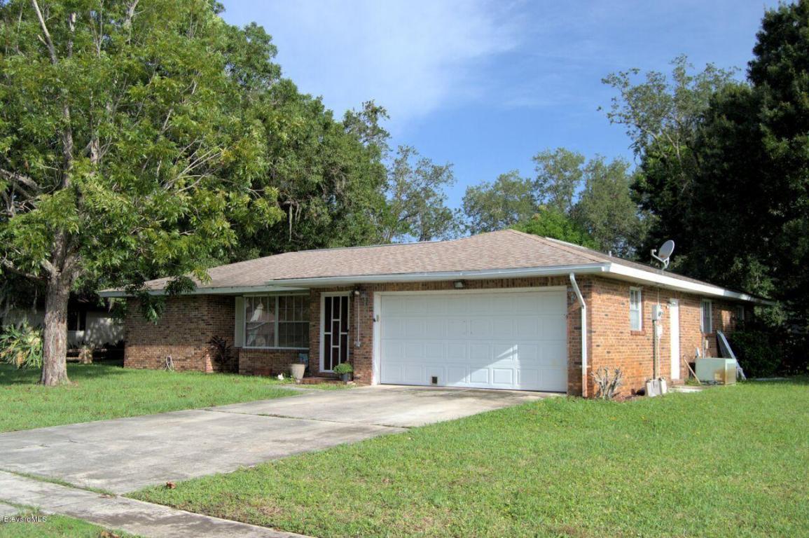 1262 Ne Cimarron Circle, Palm Bay, FL 32905