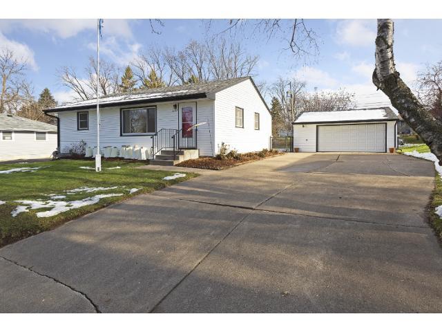 1127 Gresham Avenue N, Oakdale, MN 55128