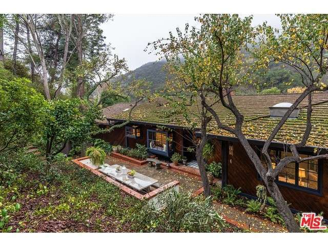 3266 Mandeville Canyon Rd, Los Angeles, CA 90049