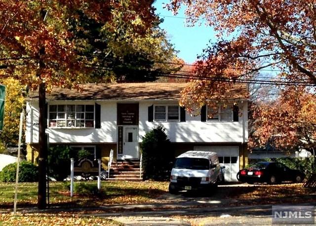 1040 Teaneck Rd, Teaneck, NJ 07666