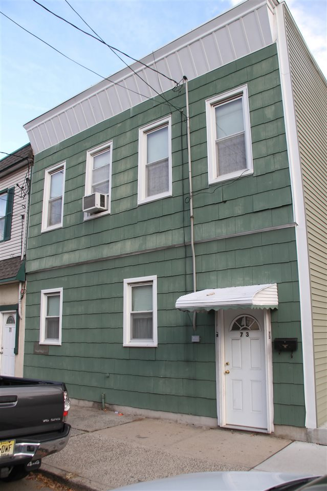 73 East 22nd St, Bayonne, NJ 07002