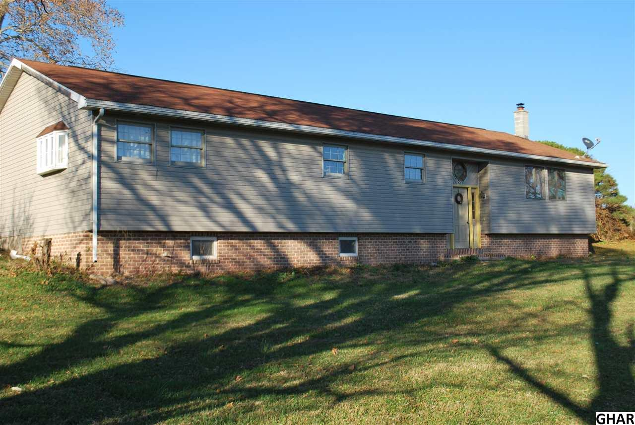 230 N Crossroads Road, Lykens, PA 17048