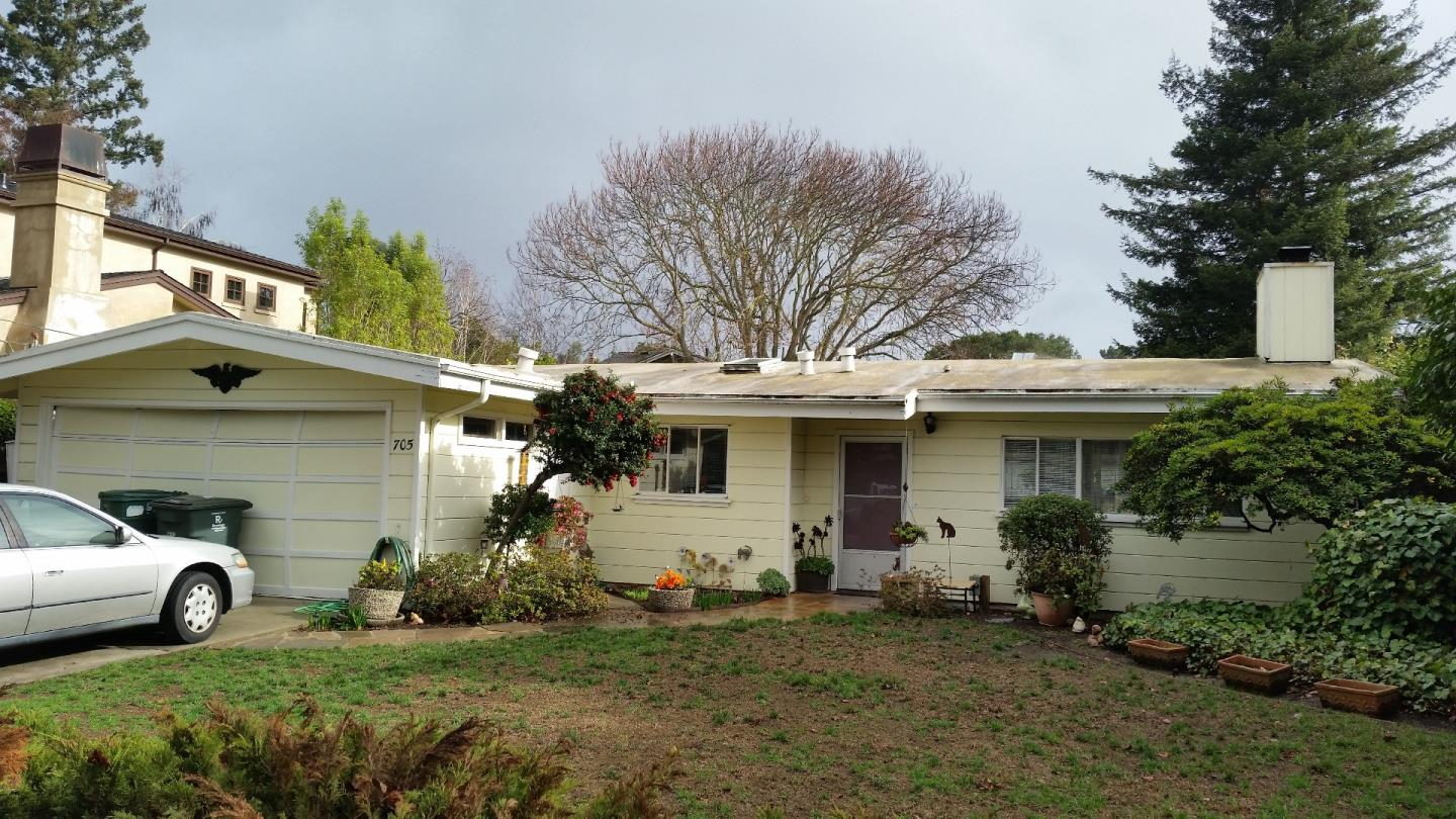 705 Cambridge Ave, Menlo Park, CA 94025