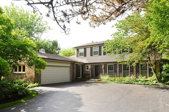 2055 Old Briar Road, Highland Park, IL 60035