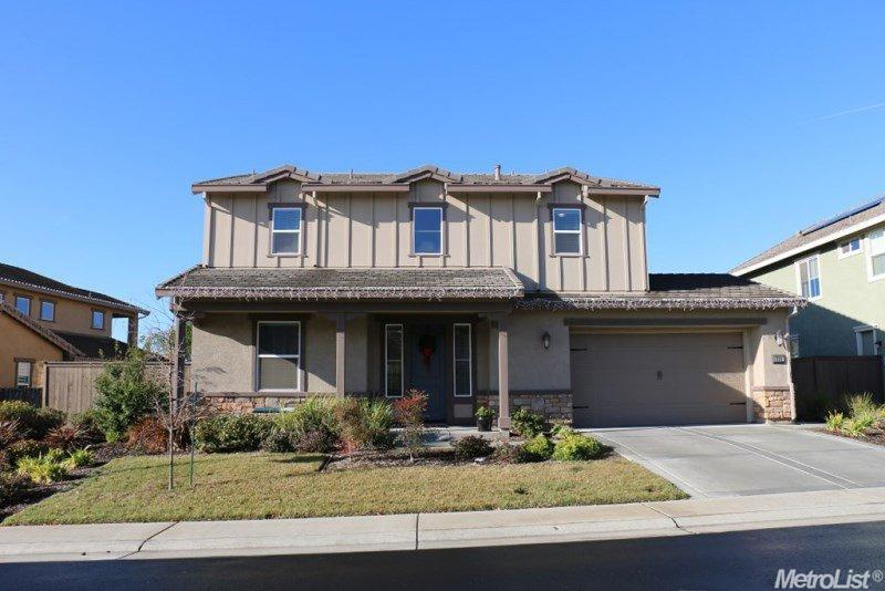 906 Anvil Circle, Rocklin, CA 95765