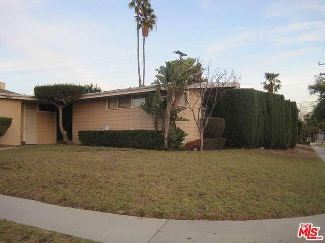 6250 S Corning Ave, Los Angeles, CA 90056