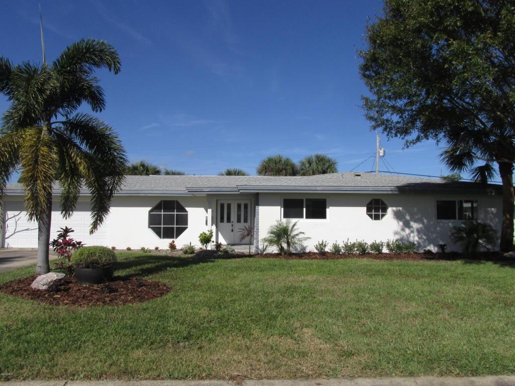 590 Teakwood Avenue, Satellite Beach, FL 32937