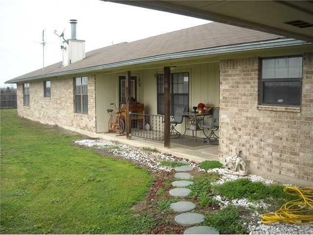 231  Serbin Rd, Giddings, TX 78942