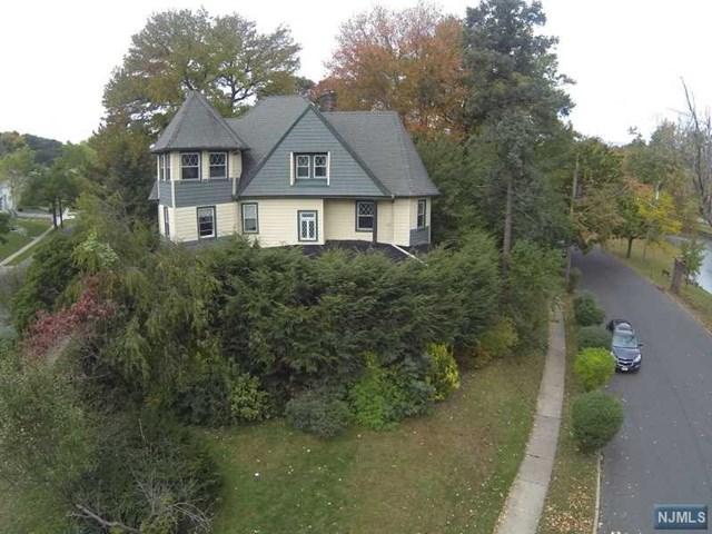 34 Ridge Ave, Passaic, NJ 07055