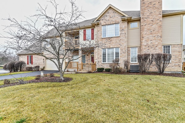 2004 Doral Court, Palos Heights, IL 60463