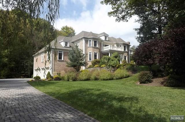 806 W Shore Dr, Kinnelon Borough, NJ 07405