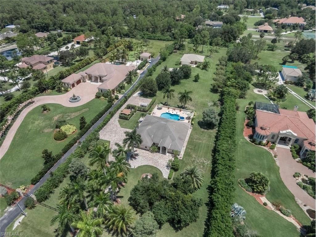 6741 Livingston Woods Ln, Naples, FL 34109