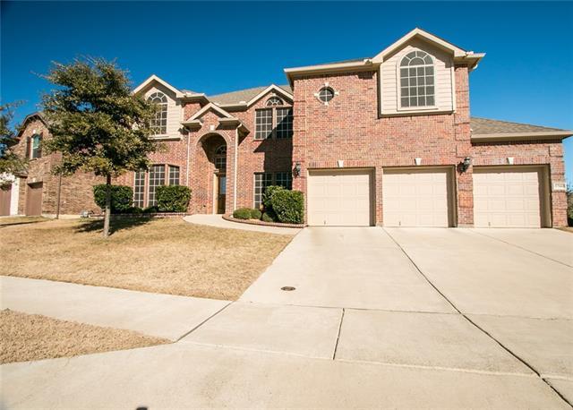 5700  Diamond Valley Drive, Fort Worth, TX 76179