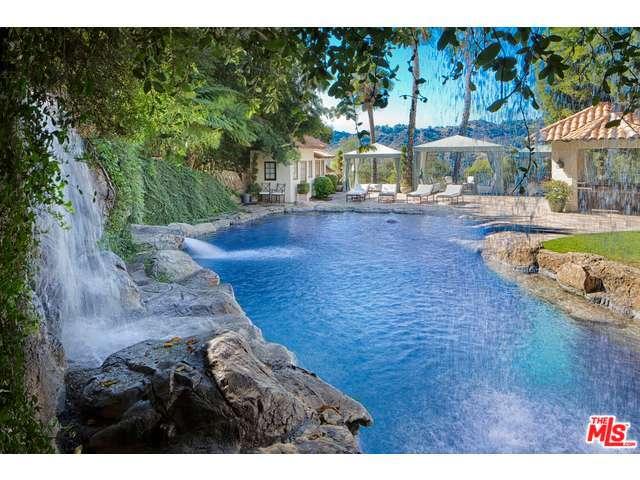 9694 Oak Pass Rd, Beverly Hills, CA 90210