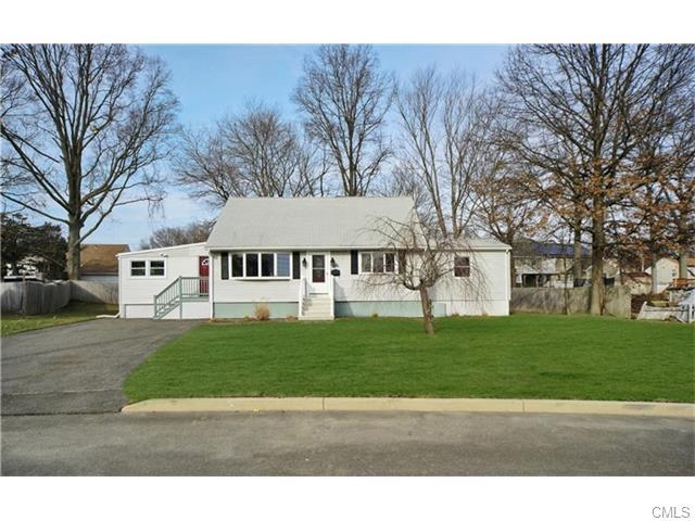 286 Roseville Terrace, Fairfield, CT 06824