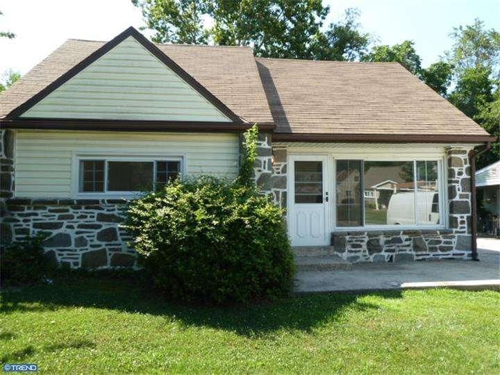 928 Brook Ave, Secane, PA 19018