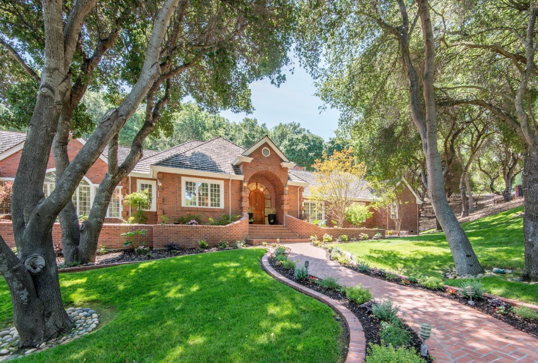 20932 Hidden View Ln, Saratoga, CA 95070