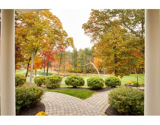 43 Clubhouse Way, Sutton, MA 01590