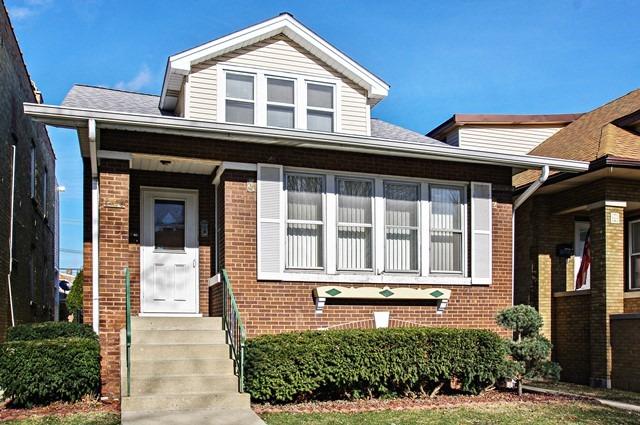 5106 West Oakdale Avenue, Chicago, IL 60641
