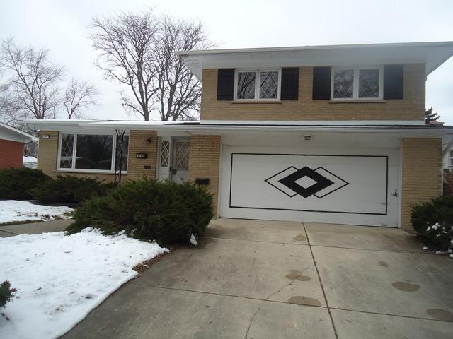 319 West Holly Court, Glenwood, IL 60425