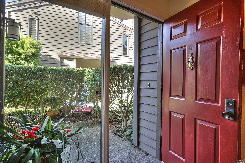 35 Willow Lane, Sausalito, CA 94965