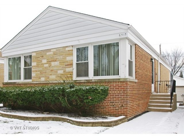 6513 North Troy Street, Chicago, IL 60645