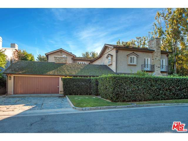 1712 Tropical Ave, Beverly Hills, CA 90210