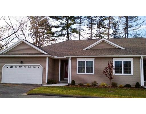 24 Elmcrest Dr, Chicopee, MA 01013