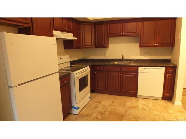 79  Claudia Dr #149, West Haven, CT 06516