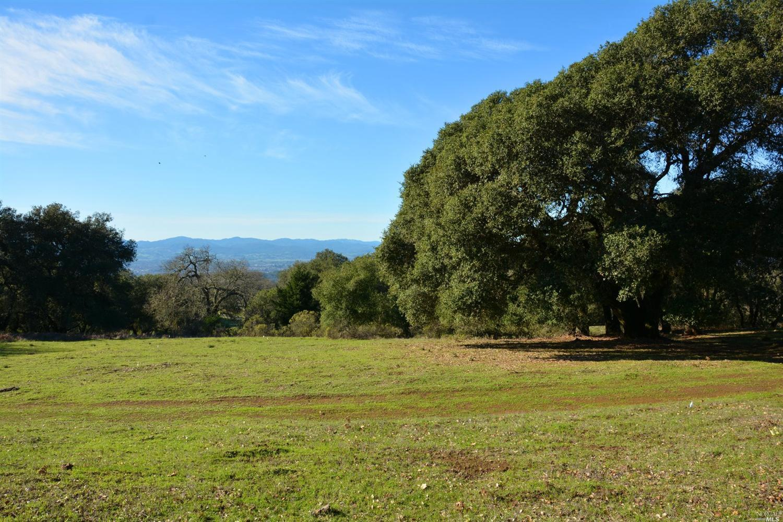 6410 Shiloh Ridge, Santa Rosa, CA 95403