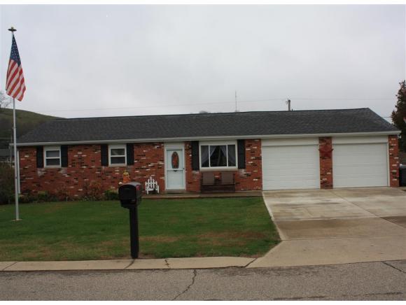 9008 Westview Rd, Brookville, IN 47012
