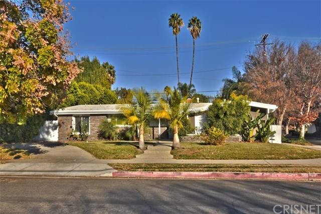 5000 Abbeyville Avenue, Woodland Hills, CA 91364