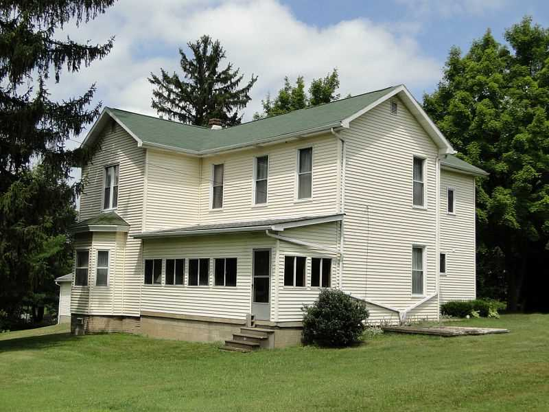 90 Liberty Street, Cross Creek Twp, PA 15021
