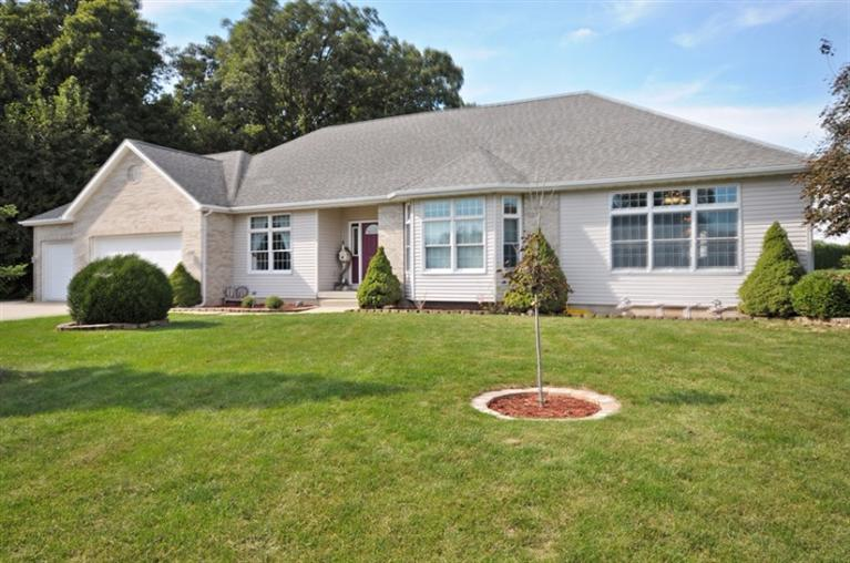 127 Martin Court, Kouts, IN 46347