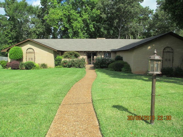 112 Inwood Circle, Kilgore, Texas 75662