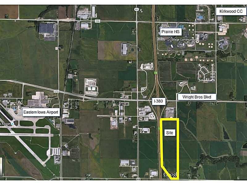 Earhart Ln Sw, Cedar Rapids, IA 52404