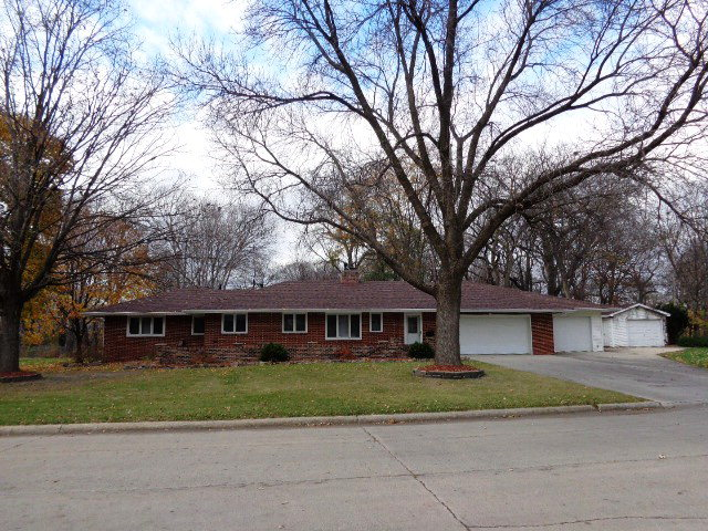 420 Loomis Ave, Fort Dodge, IA 50501