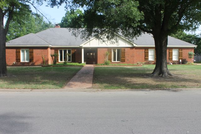 1955 McClain, Greenville, Mississippi 38701